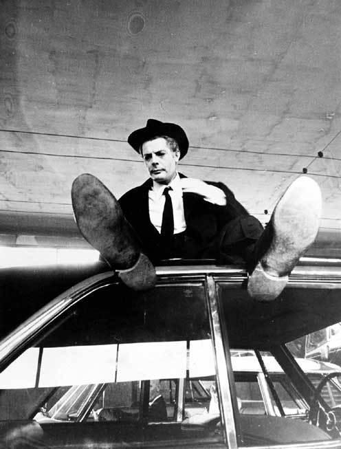 8 e mezzo di Fellini   ICCW